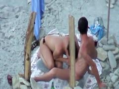 Porr: Offentligt, Strand