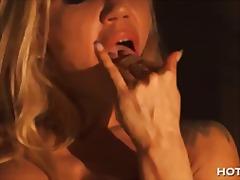 Porno: Karštos Mamytės, Moterų Ejakuliacija, Žaisliukai, Masturbacija
