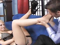 포르노: 유두, 페티시, 발페티시, 금발미녀
