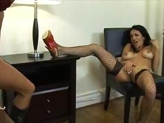Pornići: Lezbejke, Smešno, Igračke