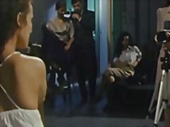 جنس: تقييد وسادية, تحت التنورة, جنس جماعى