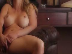 Porno: Blond, Finger, Lingerie