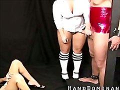 Porno: Ella Vestida Él Desnudo