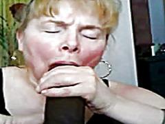 Porno: Millətlərarası, Qoca Nənə