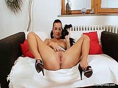 Porno: Gözəl Qız, Striptiz, Döşlər