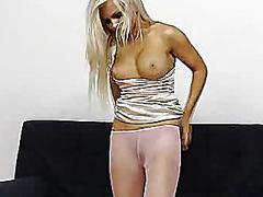 جنس: نكاح اليد, حب الأرجل, فتشية, نايلون
