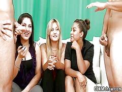 جنس: ذكور, زبار, نساء كاسيات ورجال عراه, نساء هائجات
