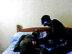 ಪೋರ್ನ್: ಸಲಿಂಗಕಾಮಿ, ರಬ್ಬರ್, ಕೈಯಲ್ಲಿ ಮಾಡುವುದು
