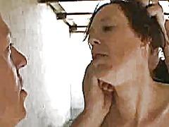 ಪೋರ್ನ್: ಕುಂಡಿಗೆ ಕೈ, ಕಟ್ಟಿಹಾಕಿ ಮಾಡುವುದು