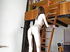 Porno: En Solitari, Peludes