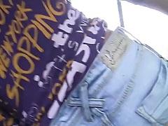 جنس: خلع الملابس, في السيارة