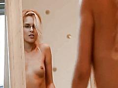 جنس: عارضات, مدهش, خلع الملابس, كساس حليقة