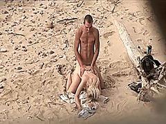 جنس: كاميرا مخفية, كاميرا حية, شاطىء, ألمانيات