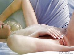 Porno: Roosa, Bikiinid, Sõrmega, Tussu