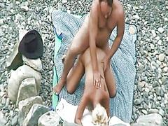 Porno: Paplūdimyje, Vyriškas Pasididžiavimas, Jodinėjimas