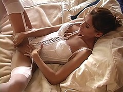 Porn: झड़ना, गीली, भगांकुर, चिकनी