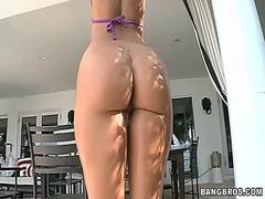 Porno: Vithet, Mahnitëse, Loqkat, Bytha
