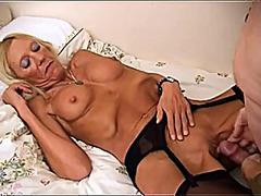 Porno: Britaniyalı, Yaşlı, Qoca Nənə