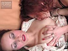 Porno: Nylon, Fisting, Madre Que Me Follaría, Lesbiana