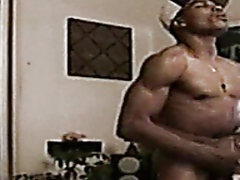 Porn: Medrasni Seks, Gej