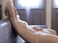 Порно: Соло, Блондинки, Бръснати, Мастурбация