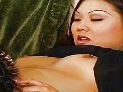 Porn: एशियन, मूठ मारना, मुठ्ठी घुसाना