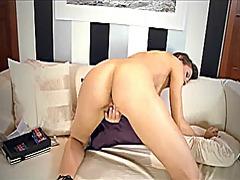 Porno: Modelo, Eyaculación Femenina, Juguetes, Orgasmo