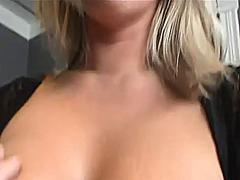 Pornići: Grudi, Donje Rublje, Točka Gledanja, Majka Koji Bih Rado