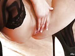 Porno: Masturbasya, Döymə, Qırxılmış