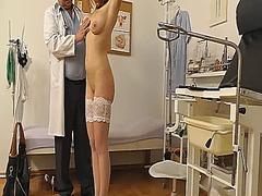 جنس: طبيب النساء, تجسس, كاميرا حية, طبيبات