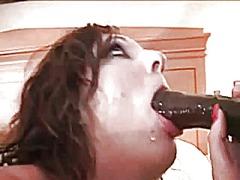 Pornići: Čipkaste Gaćice, Međurasni Seks, Mamare, Redaljka