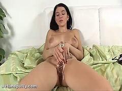 Porno: Pidh, Ma Shiko Nga Afër, Masturbime, Dildo