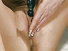 Porno: Lezbi, Masturbasya, Masaj