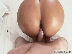 Porno: Õlitatud, Latiino, Panemine, Paks