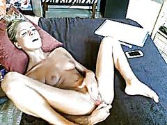色情: 性游戏, 手淫, 性爱自拍, 阴门