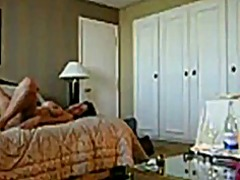 جنس: كاميرا حية, رجلان وامرأة, كاميرا مخفية