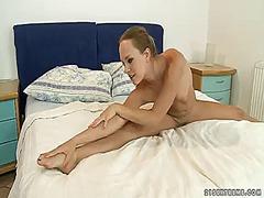 Porno: Solosex, Babes, Håndsex, Blondiner