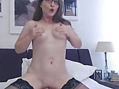 Porno: Dildo, Orgazëm, Solo, Webkamera