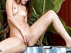 Porno: Solo, Masturbime