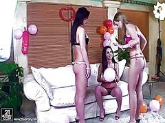 Porno: Trio, Lesbiene