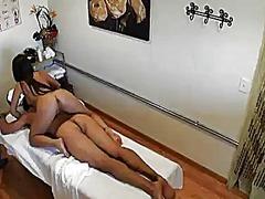 Porno: Masaj, Asialı