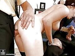 Porno: Grup De Tres, Doble Penetració