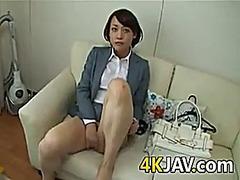 Porno: Me Lesh, Me Gisht, Me Lojëra, Ma Shiko Nga Afër